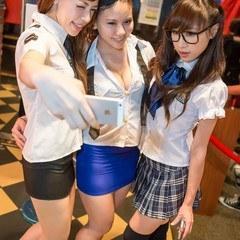 Uniform Ladies Night 10.08